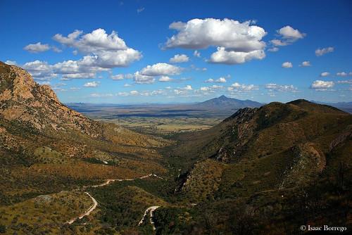 arizona huachucamountains montezumapass road mountains clouds border valley coronadonationalmonument canonrebelxsi desert skyislands america unitedstates usa geology fieldwork geosciences southernarizona
