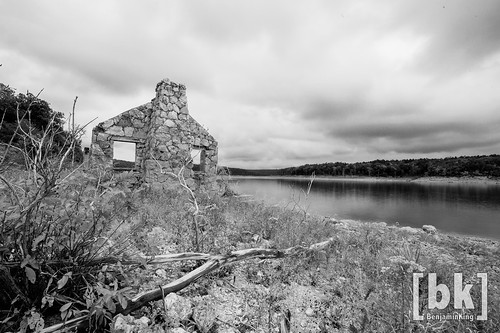 old chimney white house lake black canon river 5d f28 norfork 14mm samyang