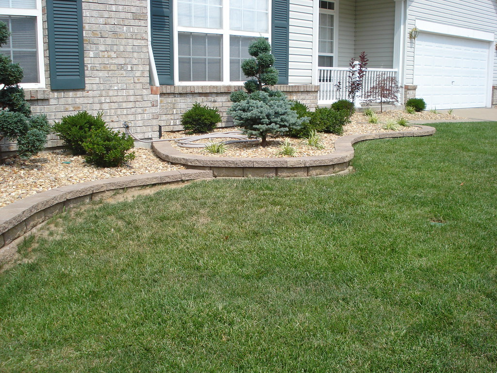 Front Yard Retaining Walls Amp Landscaping O Fallon