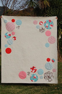 Comfort and Joy Circle Quilt and Tutorial