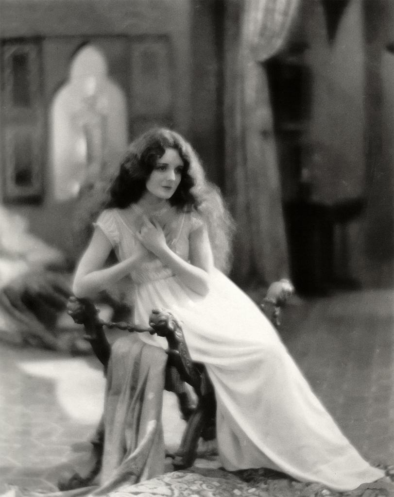 Mary Astor, silenf film ''Don Juan'' 1926   John Irving   Flickr