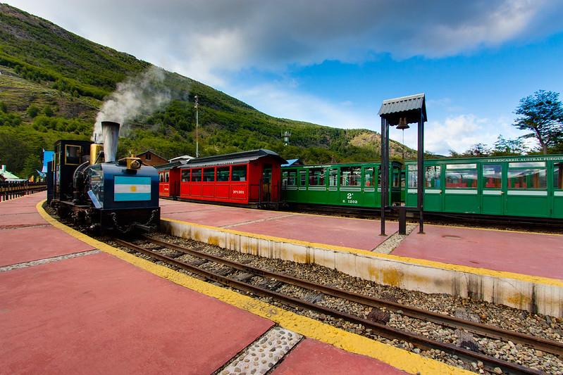 Train at The End of the World / Tren del Fin del Mundo