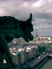 Glance at Paris