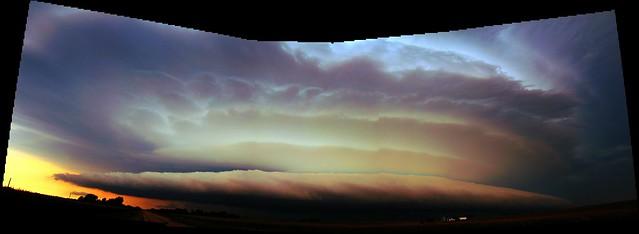082811 - Stacked Plates / Nebraska Shelf Cloud!