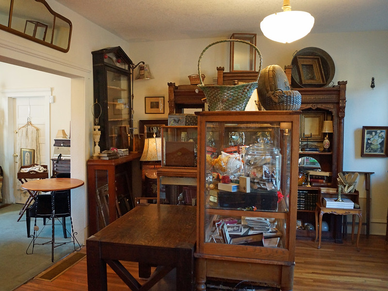 Madison Park Antiques 7805 Southeast 13th Avenue Portland, OR 97202