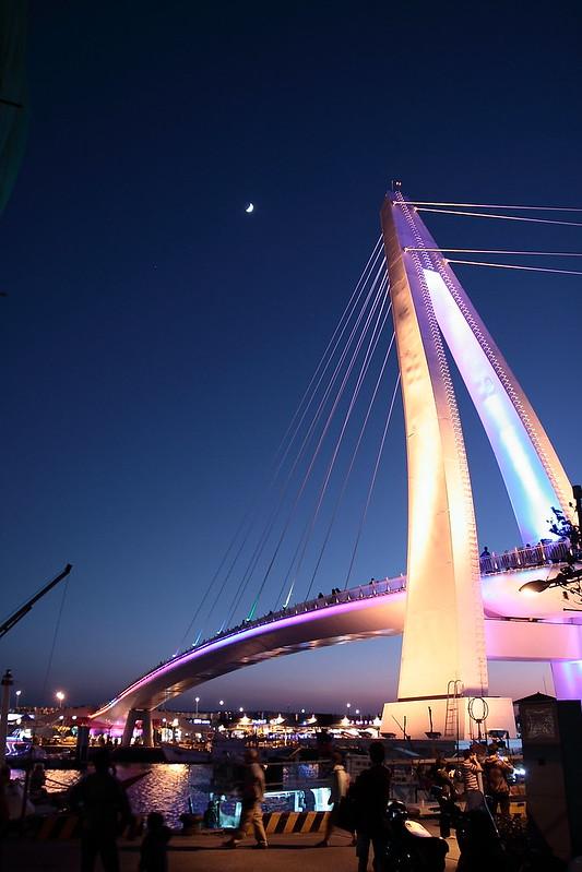 The Lover Bridge at Tamsui 淡水情人橋