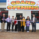 01-10-13 Martha's Bargain Thrift Store ribbon cutting
