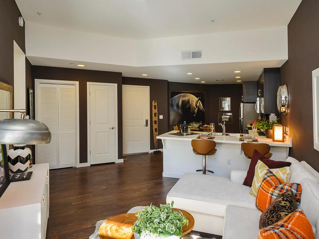 Cape Cod • Plan C: Great Room & Kitchen