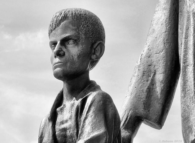 Buchenwald Denkmal von Prof. Fritz Cremer - Kind