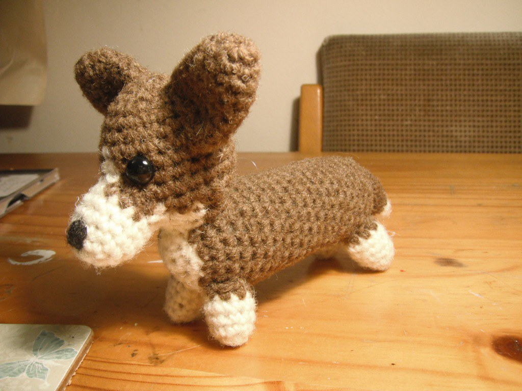 AmiDogs Corgi amigurumi crochet pattern : PlanetJune Shop, cute ... | 768x1024