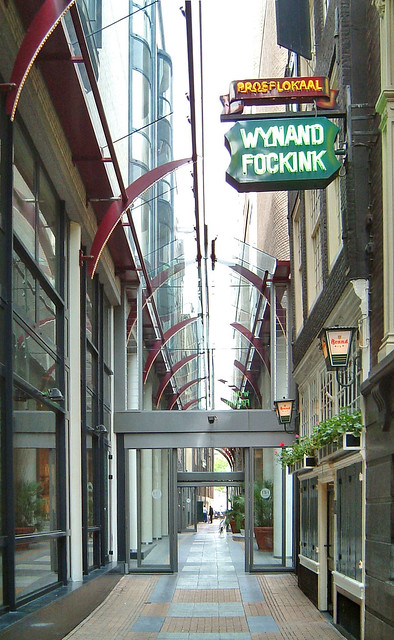 P amsterdam royal wing hotel krasnapolsky 06 1995 (pijlsteeg)