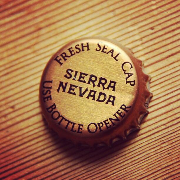 #cap #beercap #beercapart  #SierraNevada #SierraNevadaBrewingCo #USA #ale #beer #bier #öl #bière #birra #cerveza #cerveza #mitypa #starköl #malt #hops #yeast #craftbeer #beerporn #beerlovers #untappd  #Canon #EOS500D #CanonEOS #CanonEOS500D #unretoch