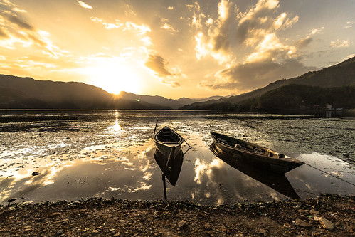 annapurna annapurnacircuit nepal pokhara rando trek westernregion népal np voyage sunset colors explore best lake asie