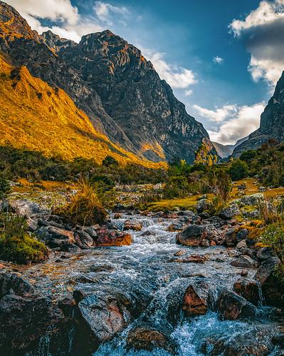 qosqo peru pe mountains water cusco sunrise sun landscapes