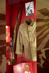 WWII Japanese uniform and rifle