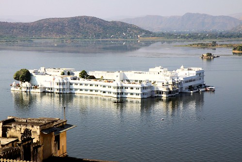 Lake Palace Hotel im Pichola-See, Udaipur | by dhReist