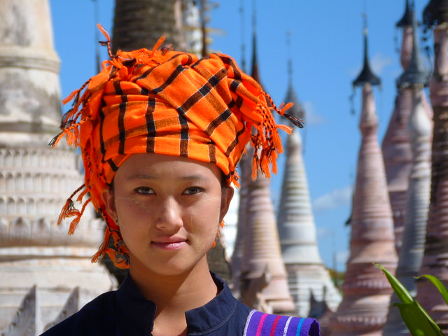 Mujer en Kakku (Myanmar)