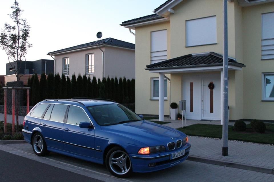 Bmw E39 523i Individual With Sidemarkers Royalracing Flickr