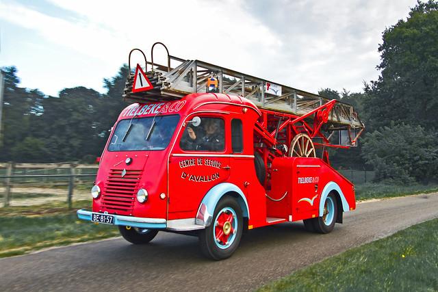 Renault Galion R2168 Modif ladder truck 1963* (3317)