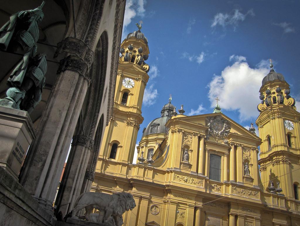 Odeonsplatz - Monaco di Baviera