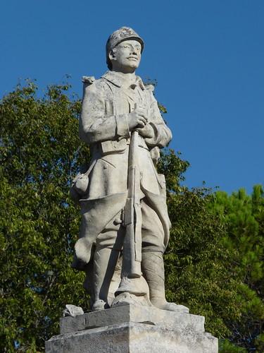 gordes war memorial (2) | by ukdamian