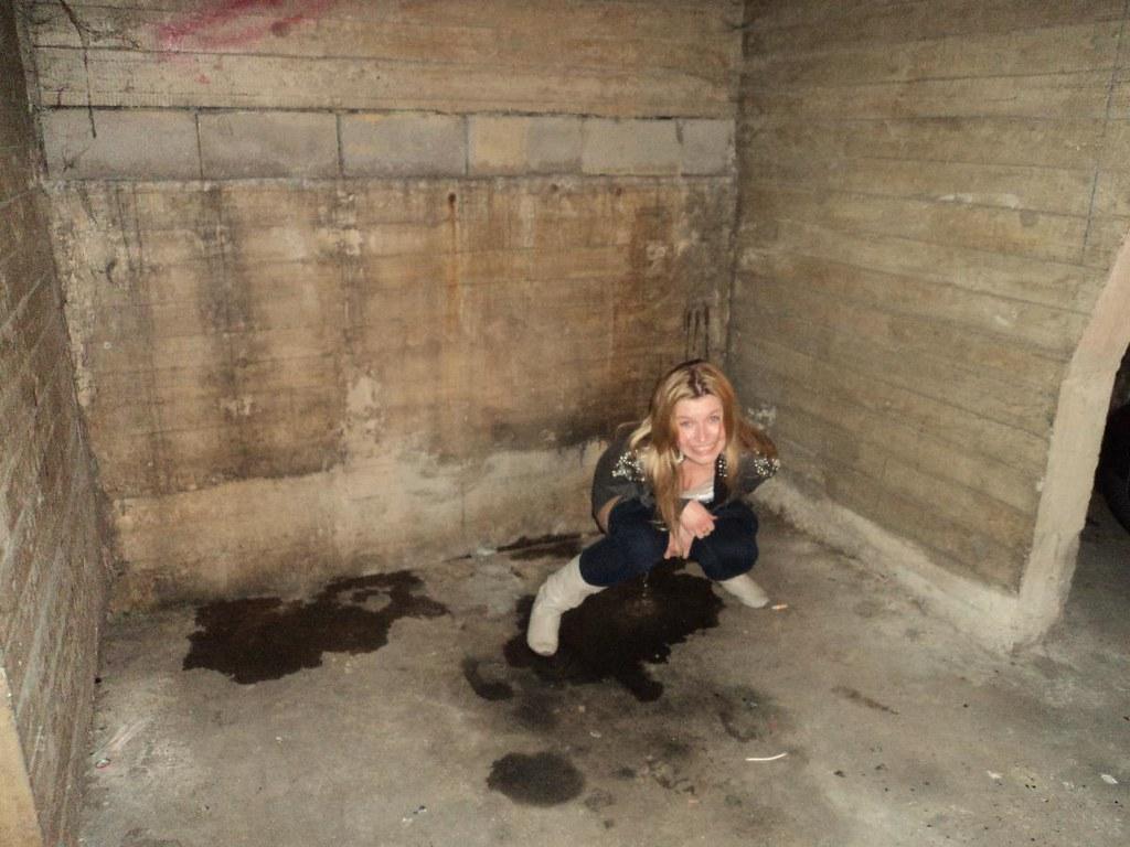 Pee videos pop a squat peeing she
