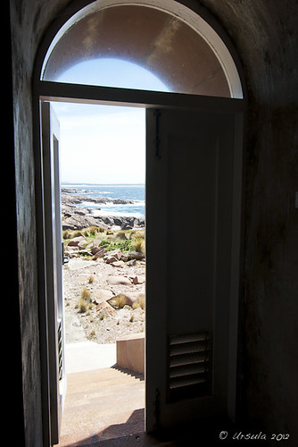 ocean door lighthouse window rocks view sunny australia doorway gabo gaboisland gaboislandadventure merimbulaairservices