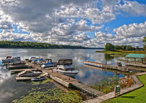 water clouds resort stlawrenceriver tonemapped