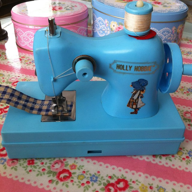 Holly Hobbie 70's sewing machine..((: