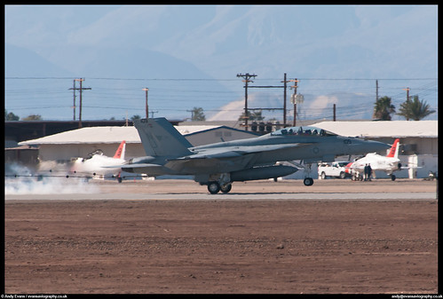 F/A-18F Super Hornet - 165677 / 105 - VFA-122 - US Navy   by evansaviography