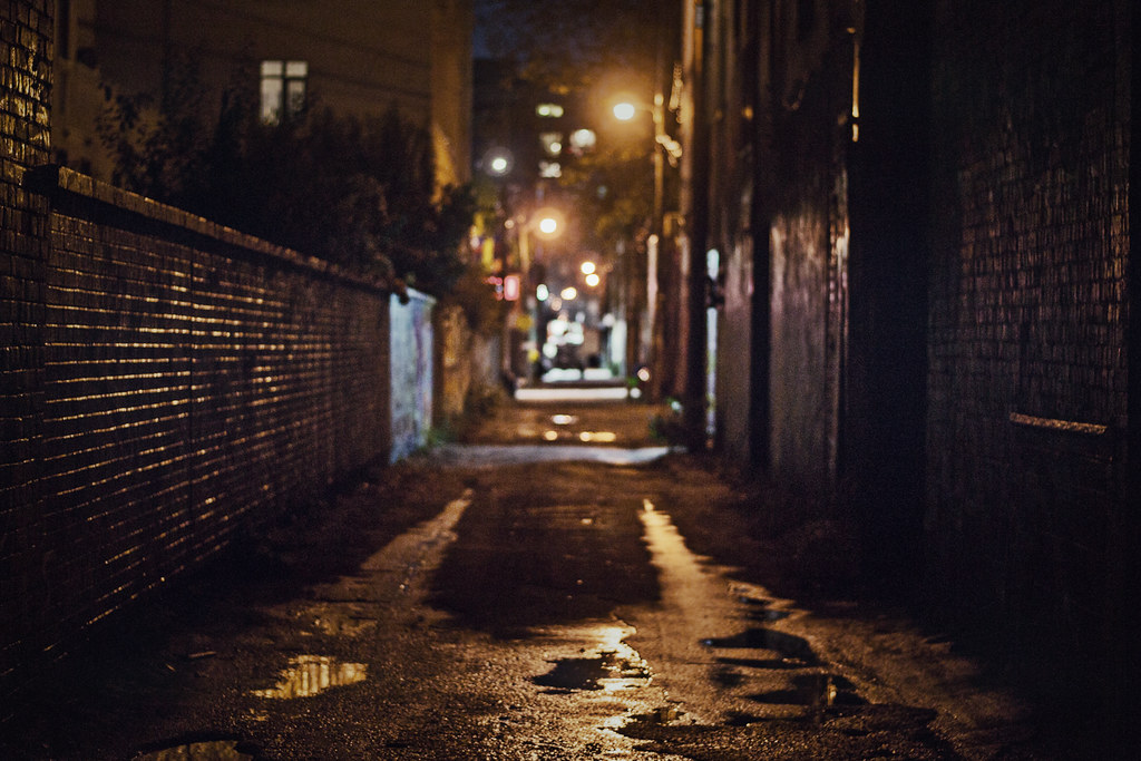 Graffiti Alley At Night I Personally Don T Find Toronto