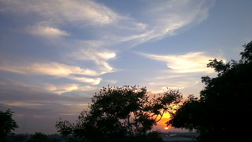 cameraphone clouds sunrise bushfire pwpartlycloudy