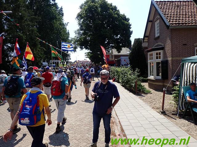 2016-07-19   1e dag Nijmegen    40 Km (101)