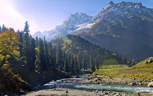 family autumn sun mountains travelling green nature beauty trekking canon wonderful landscape photography eos colorful stream glare dramatic awsome creation 1855mm kashmir autofocus meandering sonamarg perfectpicture 1100d flickraward flickrtravelaward