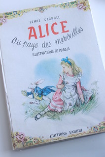 """Alice in Wonderland ""Lewis Caroll ( Maraja illustration ) french book 1965"