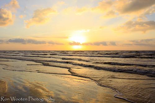 galveston gulfofmexico yellow clouds sunrise sand gulf coastal sunrises galvestonisland cloudscape cloudscapes galvestontexas cloudformations greatnature coastalscenery gulftnc09 gulfconservation oceanstnc dailynaturetnc12