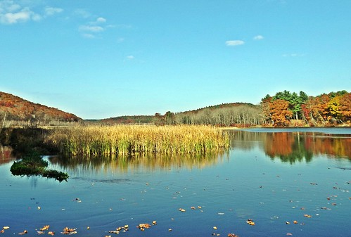 autumn fall water river ma photography photo flickr fuji path massachusetts fallfoliage valley uxbridge flickrphoto veiws flickraward mygearandme me2youphotographylevel1 fallfoliage2012