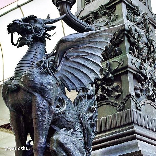 麒麟の翼。 #kirin #chimera #nihonbashi #tokyo #japan