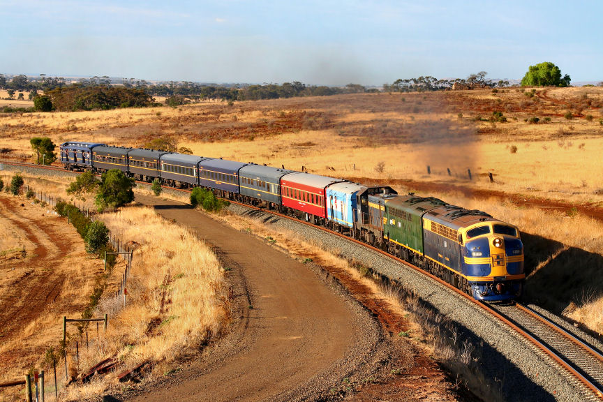 S313 S301 T364 8193 Steamrail Special Rowsley Curve Bacchus Marsh 17 02 07 by Daven Walters