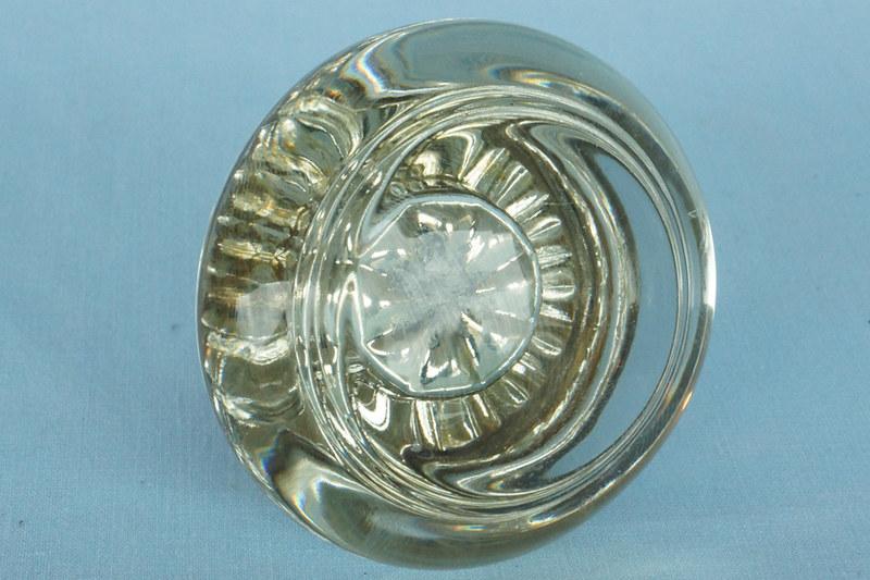 DSC01143 Single Vintage Glass Door Knob