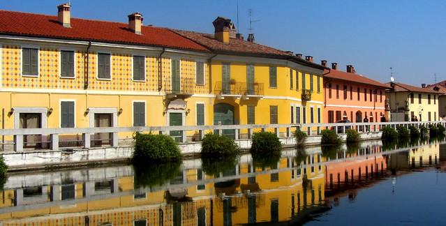Riflessi a Gaggiano, sul Naviglio Grande  (explored 29/8/16)