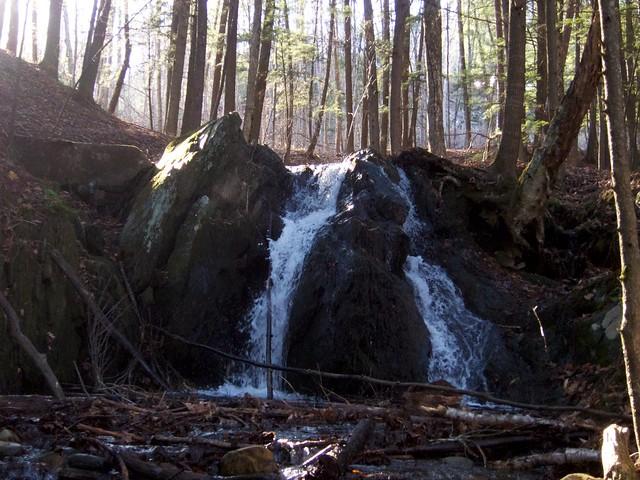 0:01:35 (5%): vermont hiking fairlee glenfalls glenfallsbrook