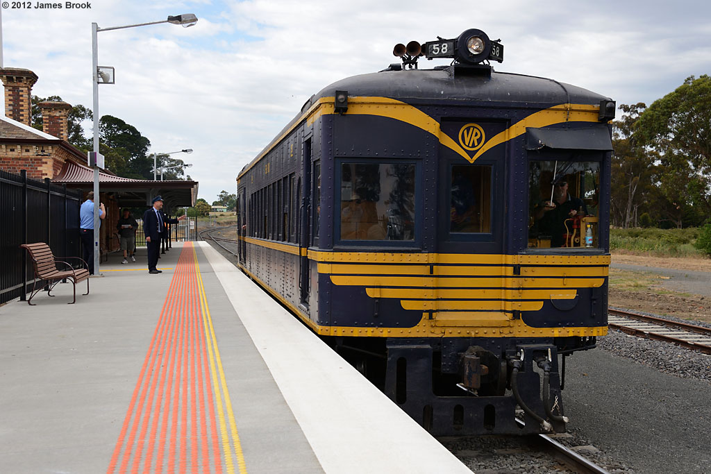 58RM at Clunes with 8193 by James Brook