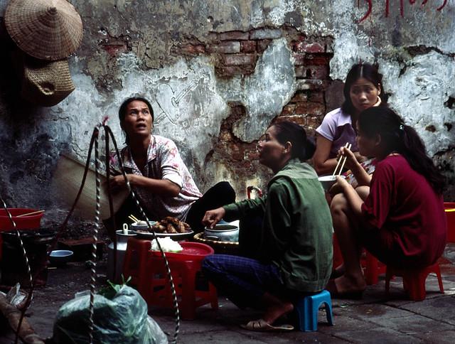 199909 137 at Old Hanoi