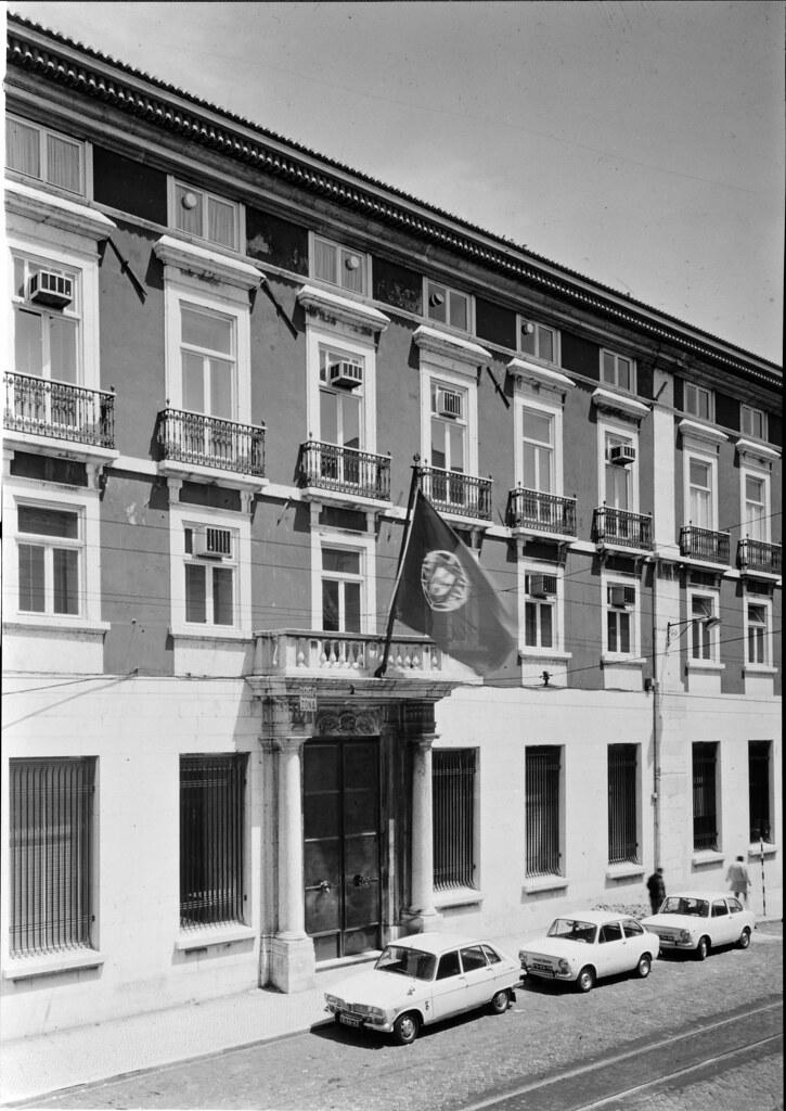 Caixa Geral de Depósitos. Lisboa, Portugal - Fachada de ...