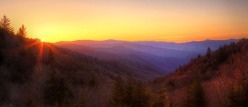 oconaluftee overlook newfound gap raod great smoky mountains national park tennessee sunrise dawn