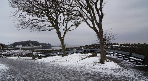 clevedon northsomerset england uk gb greatbritain outdoors color colour sony a6000 winter nobody cold snow seats trees wall pathway coast seaside beach alone quiet silent