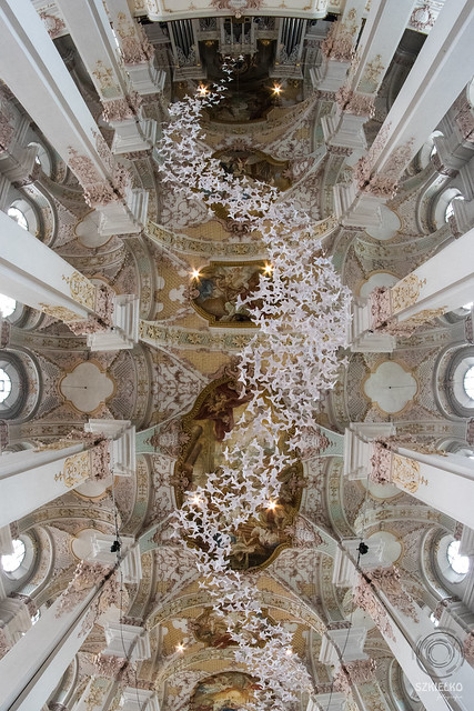Sacred MUNICH: Heiliggeistkirche - Les Colombes