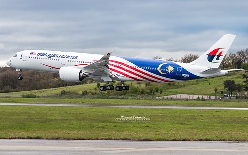 Airbus A350 Malaysia Airlines 9M-MAF | by French_Painter