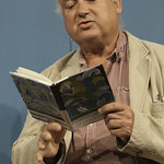 Louis de Bernières   The Captain Corelli creator reads from his latest poetry book, Of Love and Desire © Robin Mair